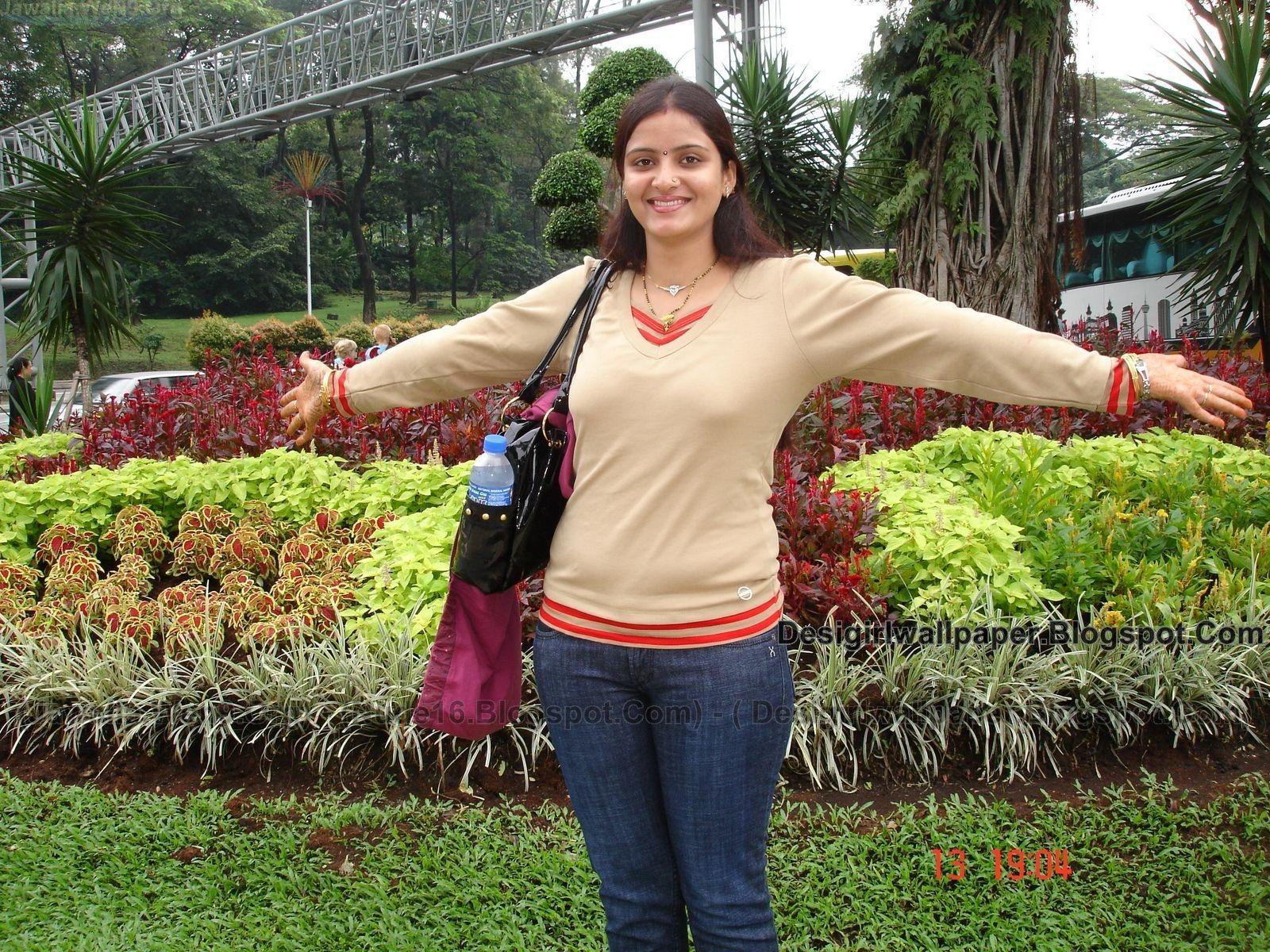http://1.bp.blogspot.com/-oxtOxaYXYwk/T-Mvy-TKxZI/AAAAAAAAJXk/41Y4eeoMB_4/s1600/DSC04011(Jawalia.Wen9.Org)-(Desigirlwallpaper.blogspot.com).jpg