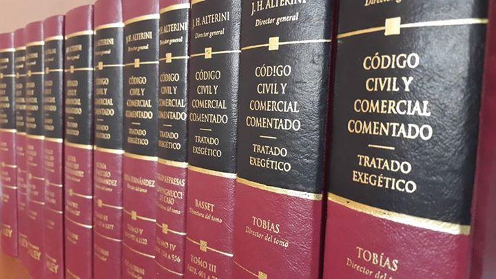 Contacte con los profesionales de Estudio Aníbal Paz _ Gabriela Zurita - Abogados  CLICK en la Foto