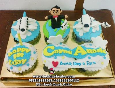 Cupcake Pesawat Ulang Tahun Anak Daerah Surabaya - Sidoarjo