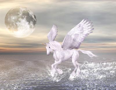 Pegaso fantástico caminando en la playa - Pegasus