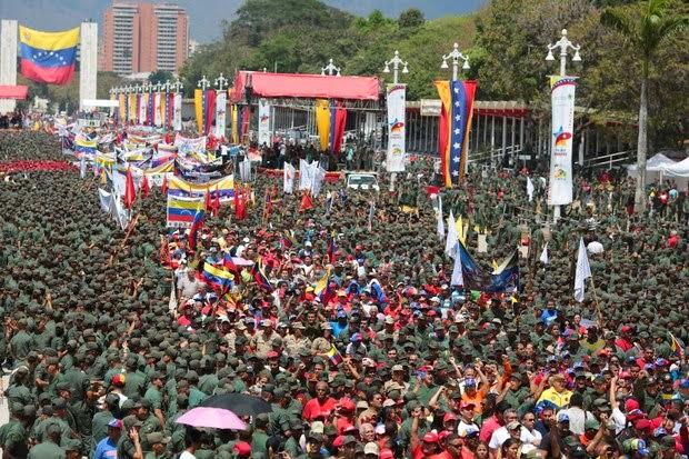 http://1.bp.blogspot.com/-oyHII8j5HVE/UyUuYhftN6I/AAAAAAAAEoE/ndMKqafxUdk/s1600/fascist+civico+militar+1.jpeg