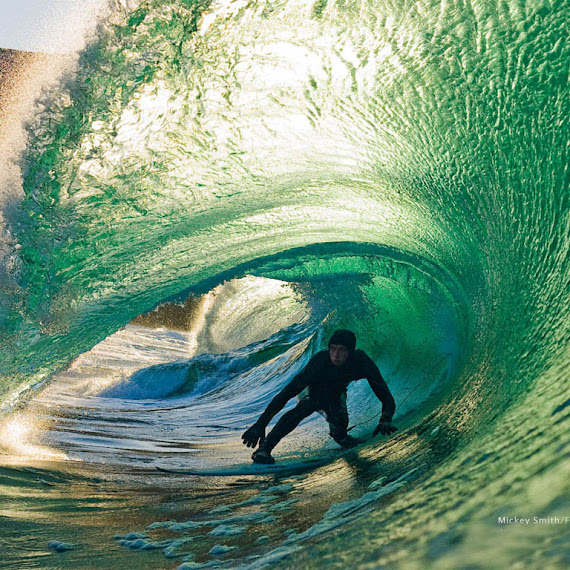 olahraga ekstrem surfing
