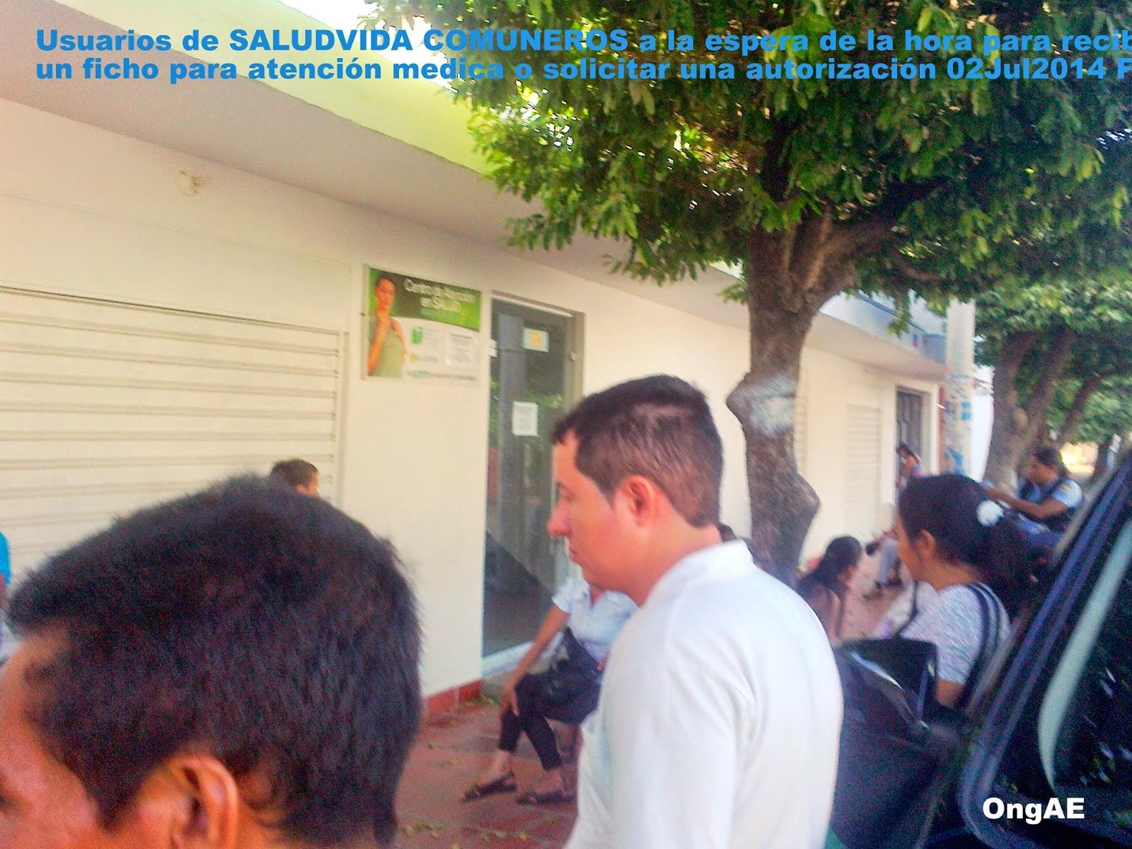 Usuarios frente a SALUDVIDA Comuneros Foto FelixNOTICIAS para OngAE 02Jul2014