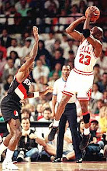 """The Shrug"" vs Portland Trail Blazers - (NBA Finals 1992)"