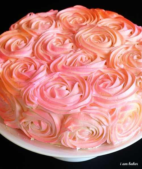 hallonmousse i tårta