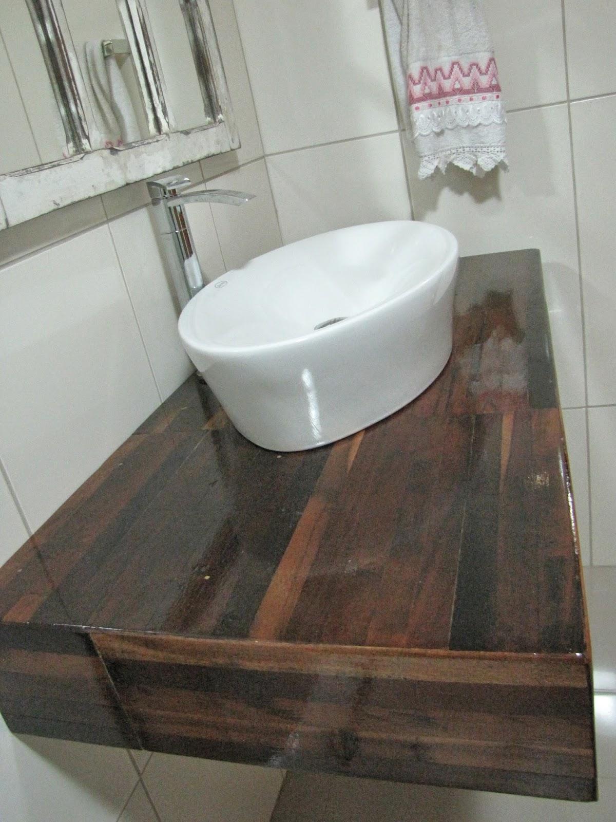 Ah, lá em casa! Nova bancada do banheiro -> Como Instalar Pia De Banheiro De Vidro