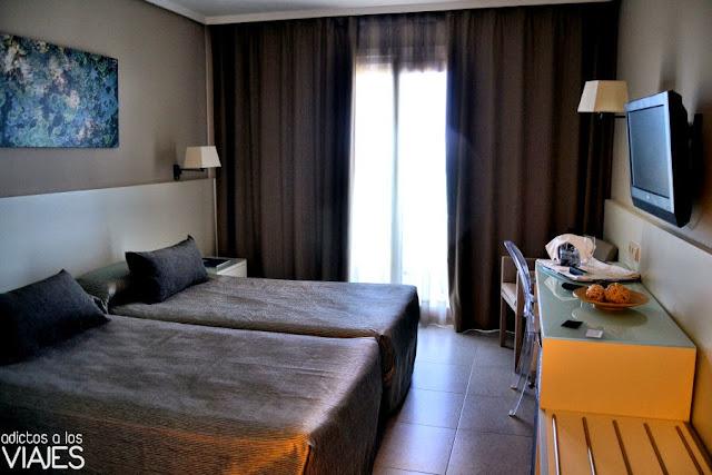 Habitación Doble con vistas al mar Hotel Calípolis Sitges
