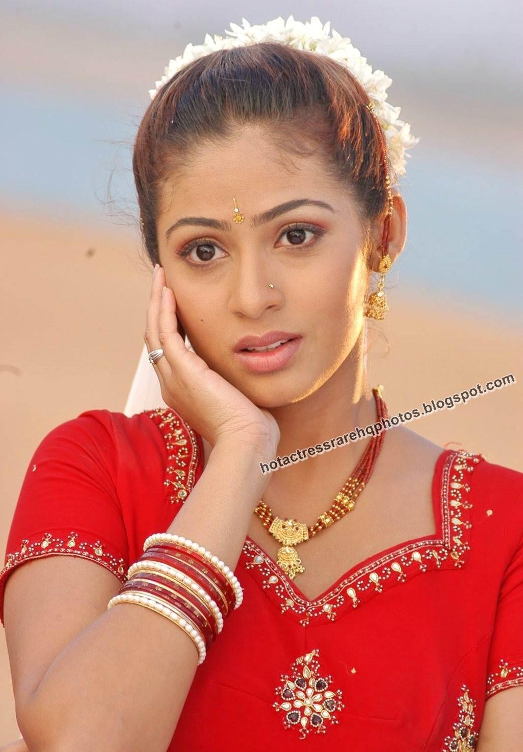 hot indian actress rare hq photos: hot tamil actress sada unreleased