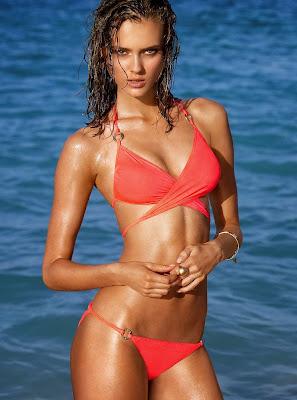 Monika Jagaciak hot pose for model Victoria's Secret sexy bikini photos