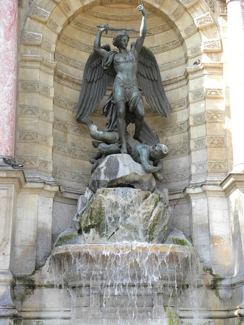 Fountain Saint-Michel Paris