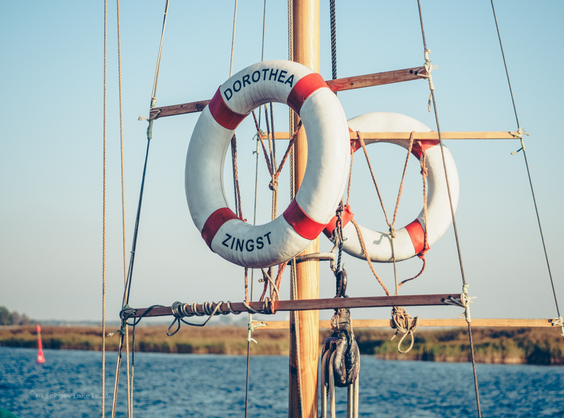 Rettungsring am Boot