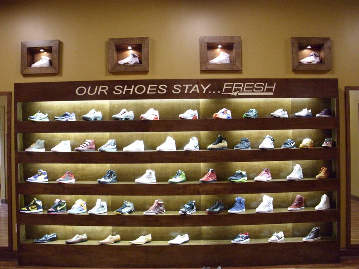 46bad45e3aca77 It s going down this weekend at FRESH SNEAKER BOUTIQUE.....We are doing the  1st ever Fresh blowout sale all shoes 20% off   hats 15%   we are giving  away a ...