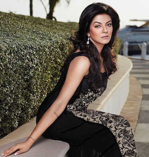 Sushmita Sen-hot bollywood women