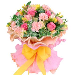 Rangkaian Bunga Segar Hadiah untuk Wanita Tersayang