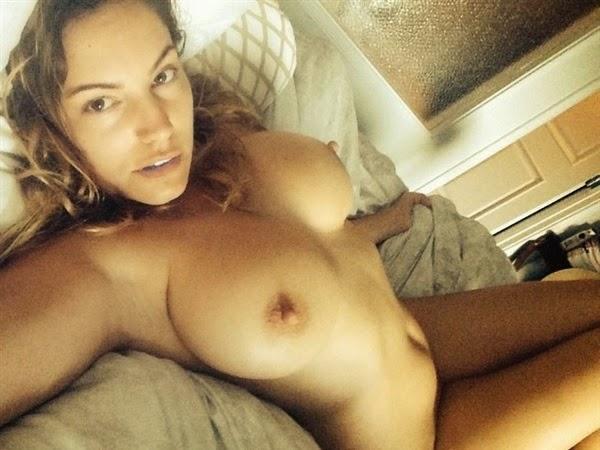 Nude Pics On Phone
