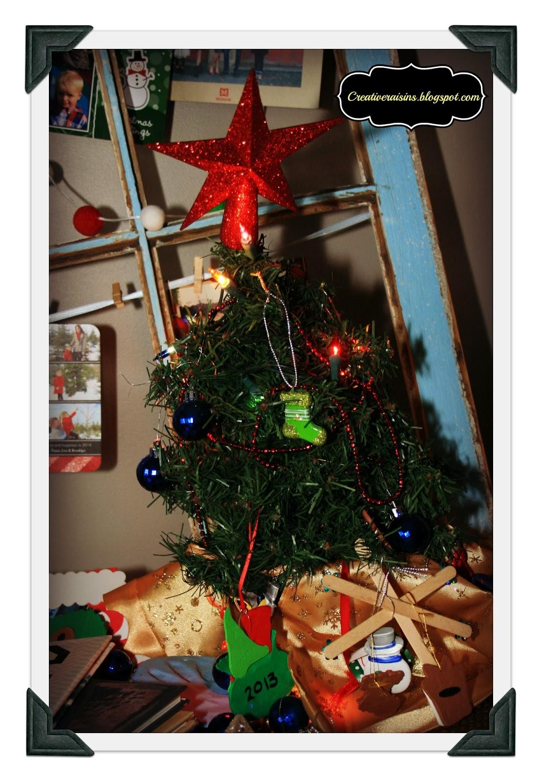 Creative Raisins: Barnwood Home Sweet Home and a little Christmas Decor
