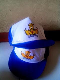 Topi Sekolah Menengah Pertama (SMP)