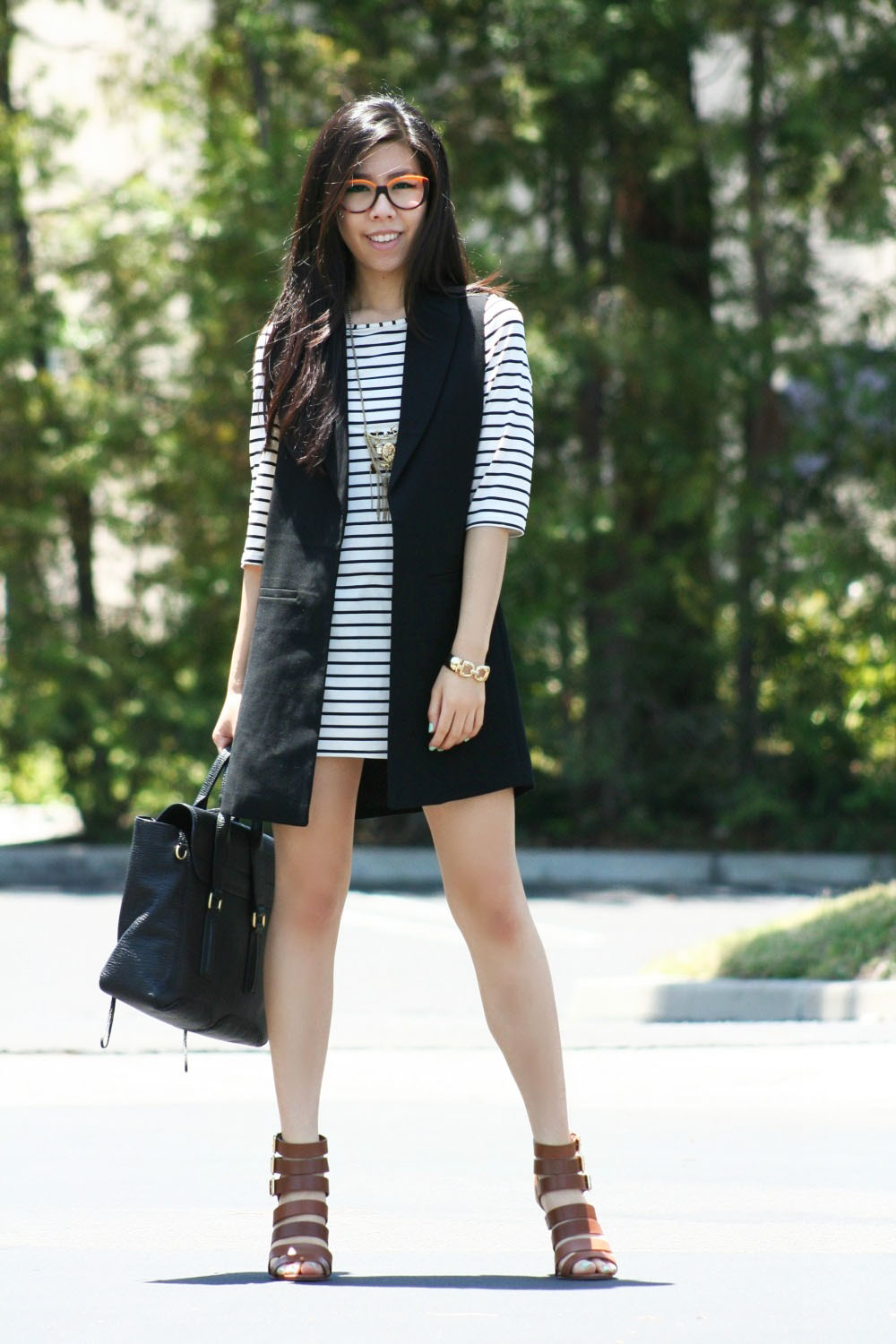 how to look good in a striped dress
