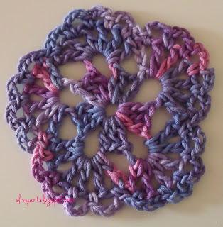http://elizyart.blogspot.com.es/2013/05/pink-and-purple.html
