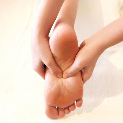 Hướng dẫn cách bấm huyệt trị mất ngủ