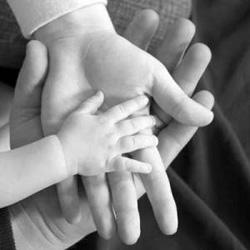 Cerita Motivasi Tanganmu Bergetar Ibu