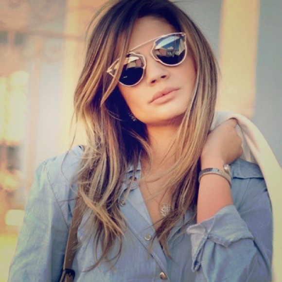 Kacamata Fashion Wanita Terlaris Saat Ini