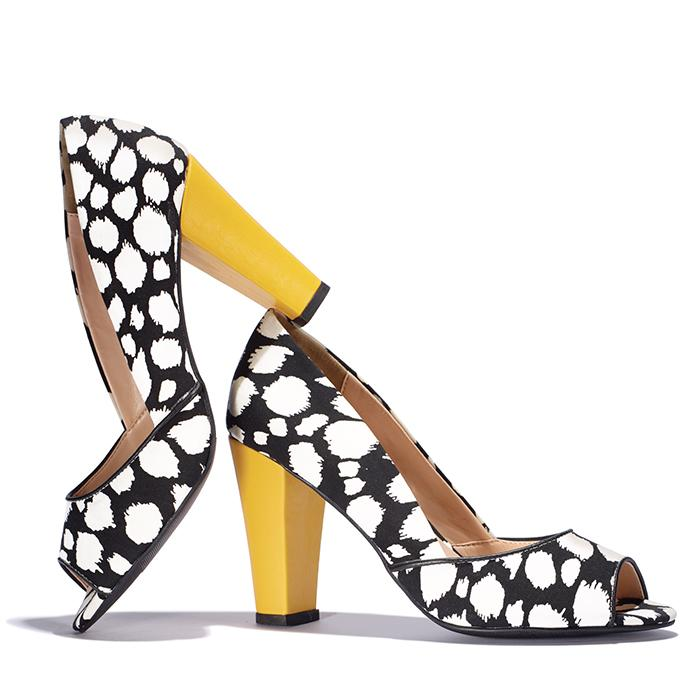 Blurry Dot Fashion Pumps