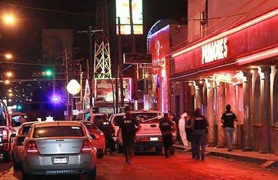 Clubes de striptease Budapest - Compaeros eslavas