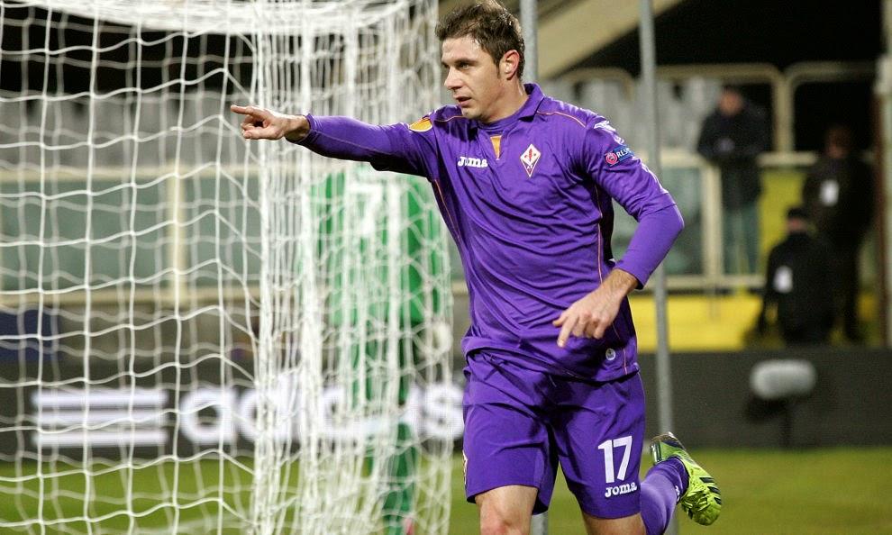 Joaquín hizo el gol de la victoria de la Fiore en Napolés
