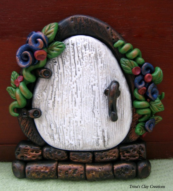 A sweet wooden Fairy Door. A little portal into the world of make believe where anything is possible and everything is sprinkled with sunshine and fairy ... & Sandyu0027s Creations in Clay: Polymer Clay Fairy Doors