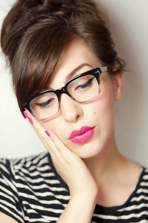 Beauty Tips For women's Who Wear Glasses 1