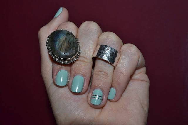 sunday's picture, striping tape, thelibrarianchic, blog, blogmode, paris, fashionblog
