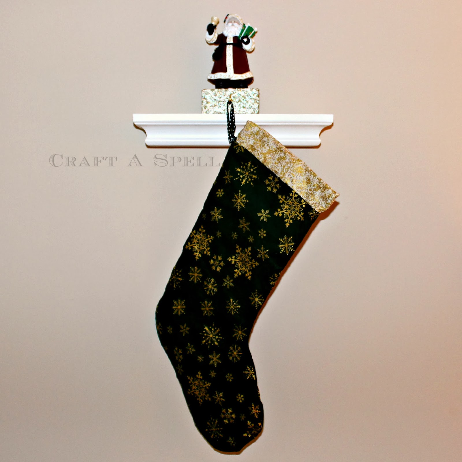 Craft a spell a crafty christmas diy stocking holder for Best stocking holders