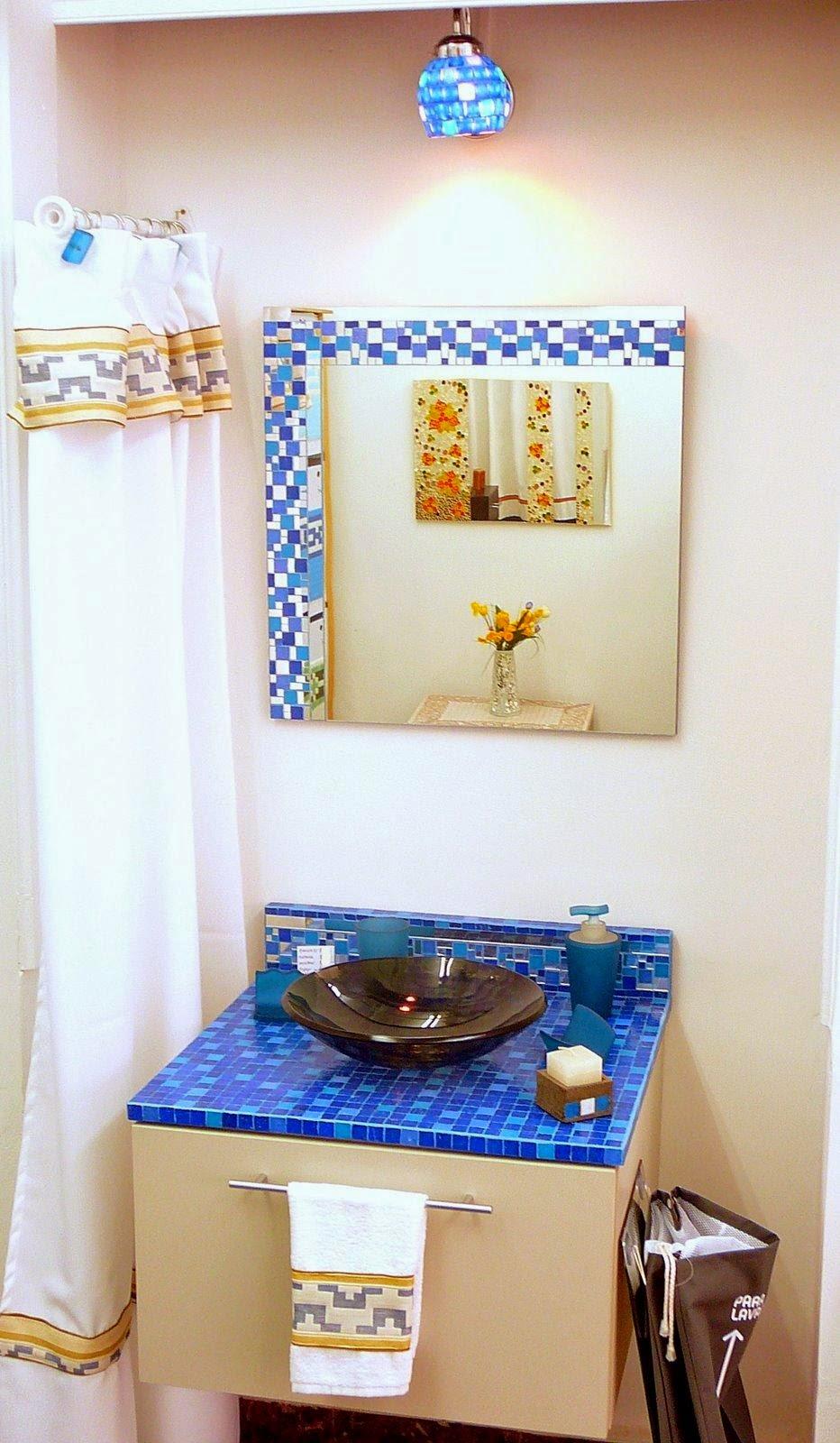 Baño Azul Con Blanco:MUEBLES PARA BAÑOS EN AZUL, BLANCO Y HAYA / Decoración de baños