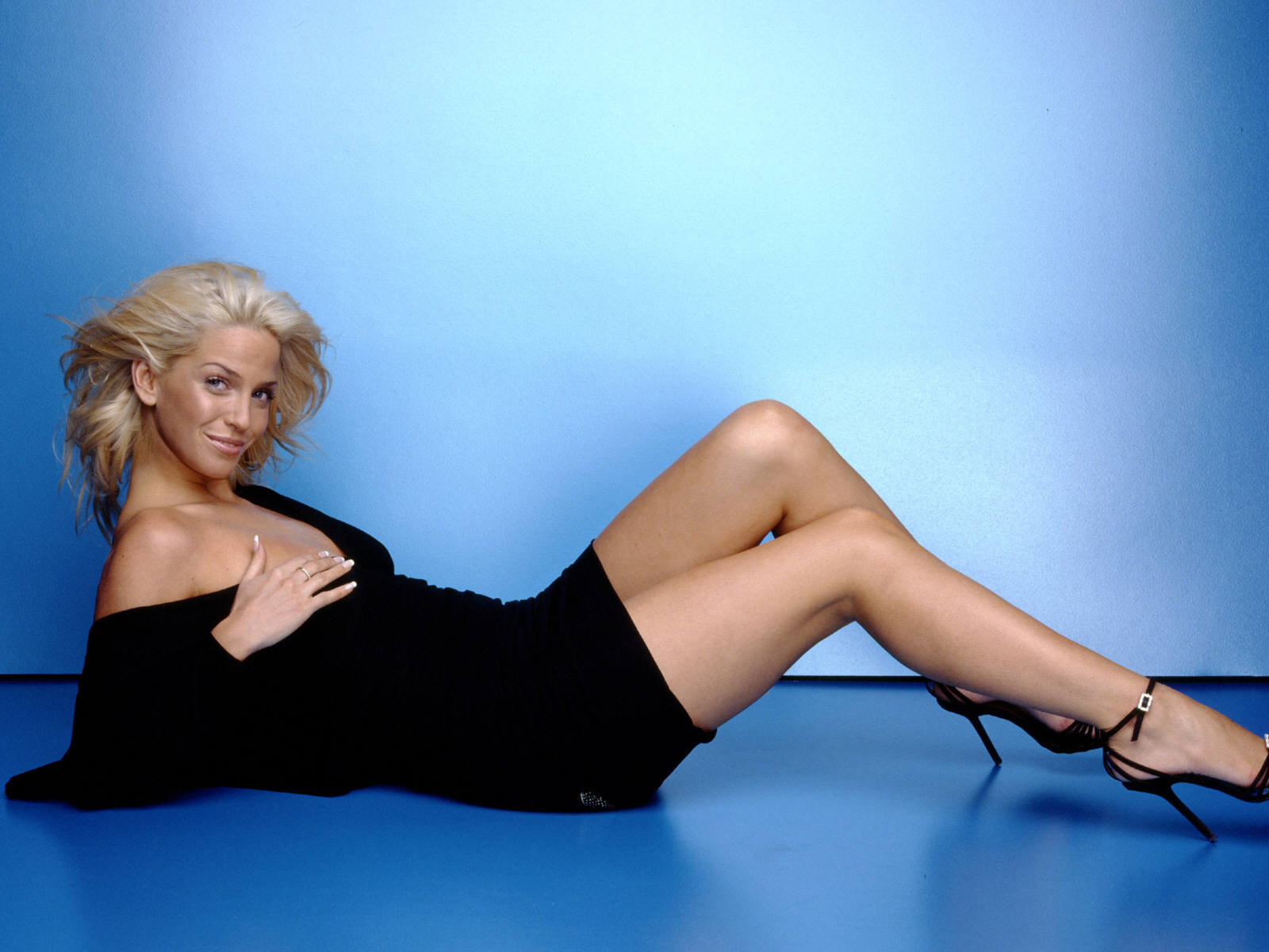 sarah harding new hottest hd wallpaper 2013 hollywood