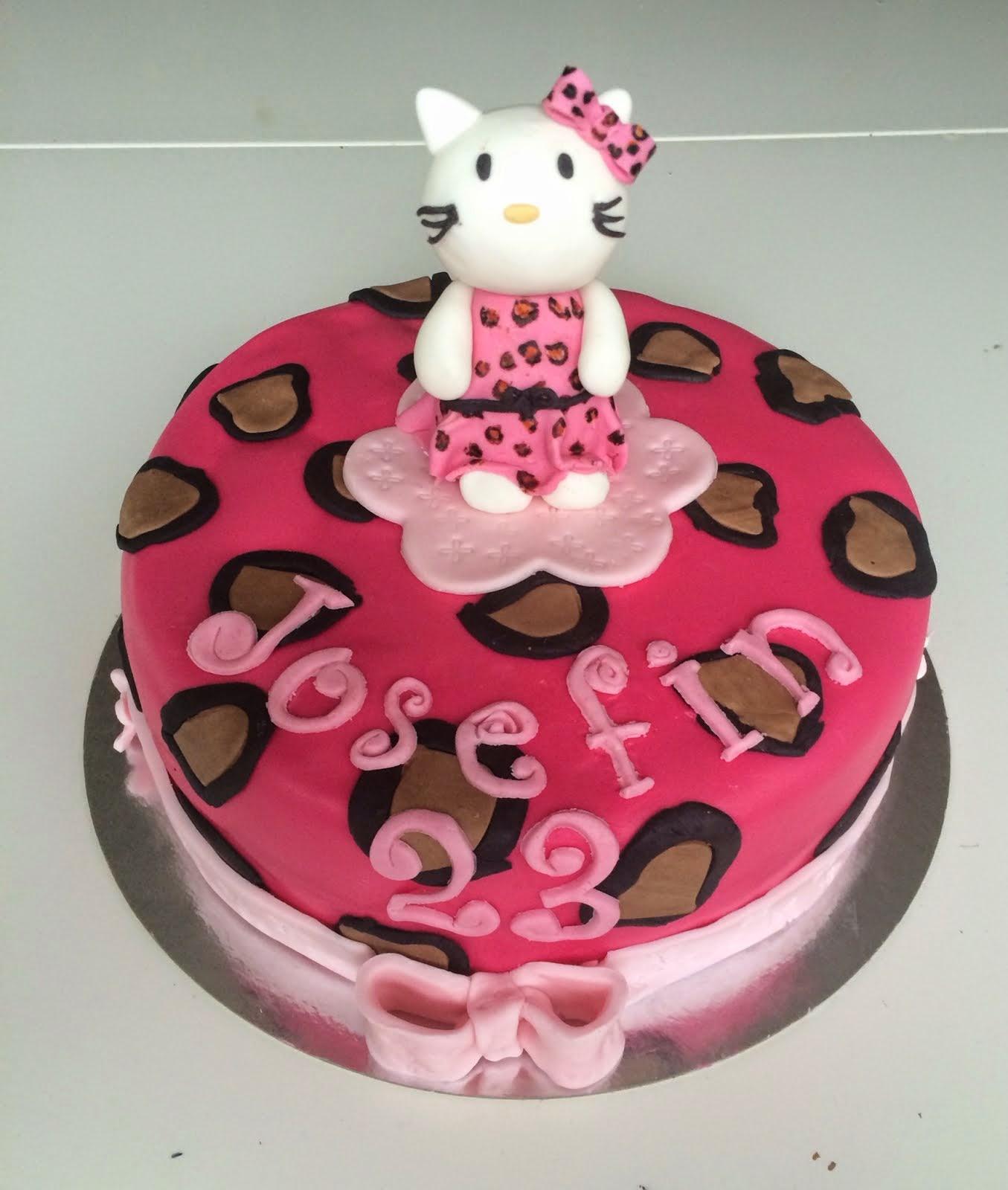 Hello Kittytårta med leopardmönster