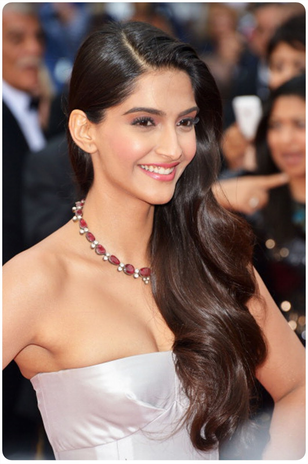 Cannes Day Two Sonam Kapoor The Desi Dossier
