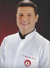 Cirurgião Dentista Dr. Renivaldo Brandão Tenório.