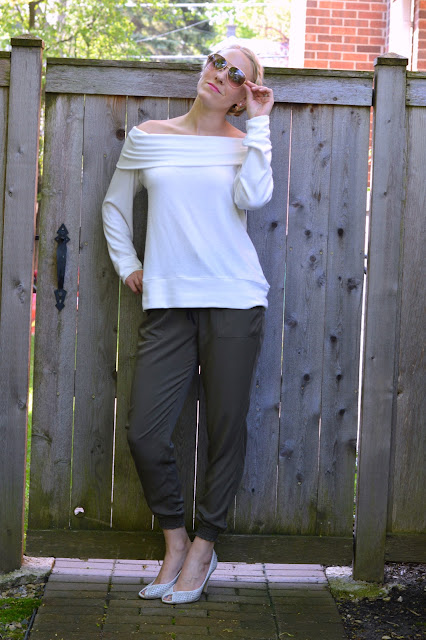 Watch How To Wear Joggers Without Looking Sloppy video