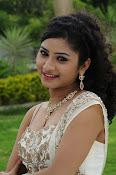 Vishnu priya photos from 21st century Love-thumbnail-4