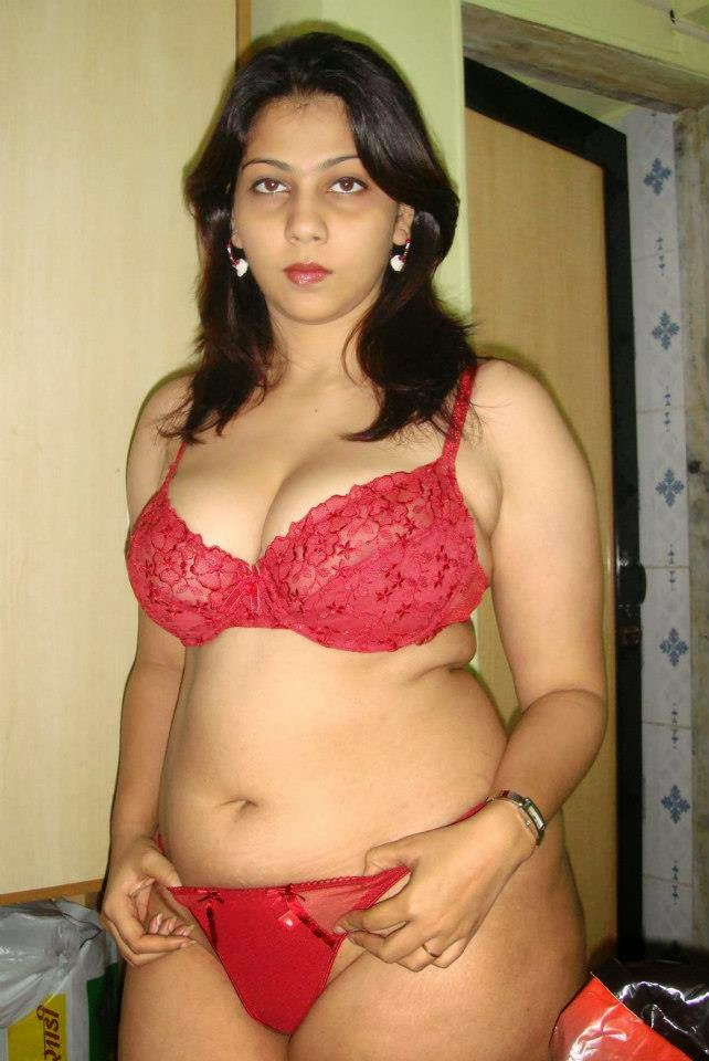 Best Aunty of the Year 2013 - Hot Tamil mallu aunty photos without ...