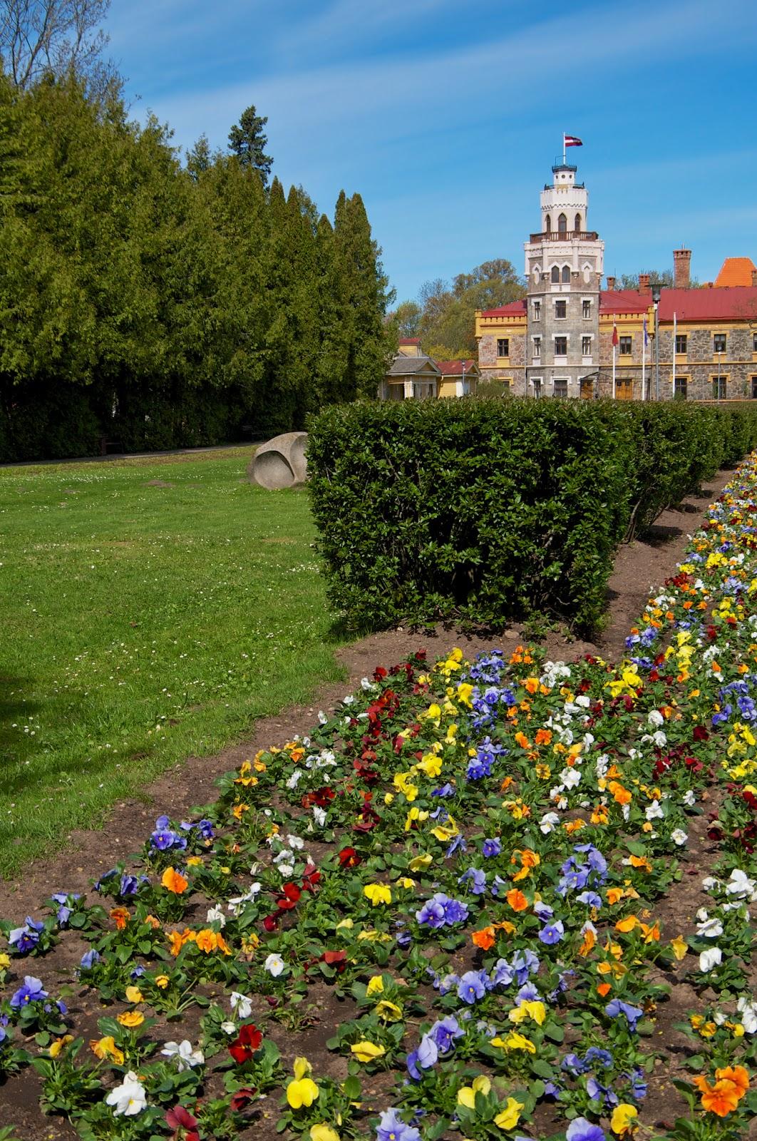 Новый дворец в Сигулде. Латвия
