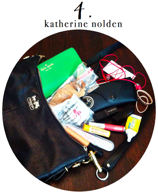 What's in Your Bag: Duchess of Plumewood