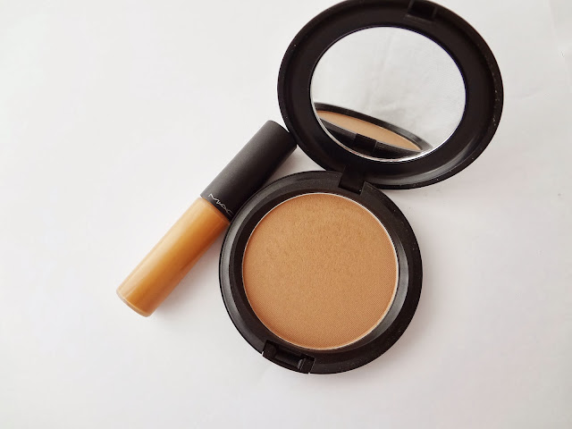 MAC Select Moisturecover concealer NC45 and Blot Powder / Pressed in Dark.
