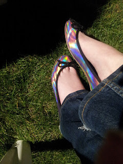 chaussures roses holographiques asos