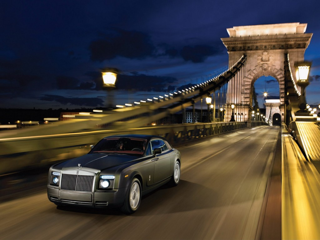 Rolls royce phantom information and wallpaper world of cars for Wallpaper roll