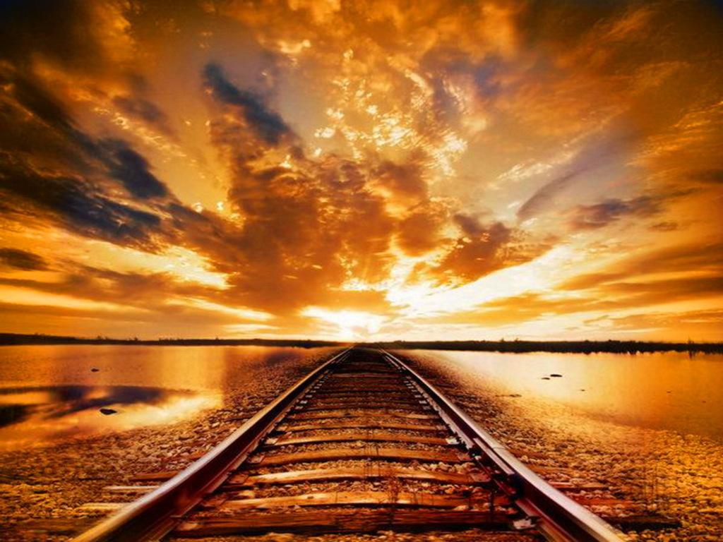 http://1.bp.blogspot.com/-p2p3p53nlrI/T_ZeQgftHnI/AAAAAAAAACU/-BBaGxu8YLo/s1600/new-day-new-year-new-journeys-wallpaper__yvt2.jpg