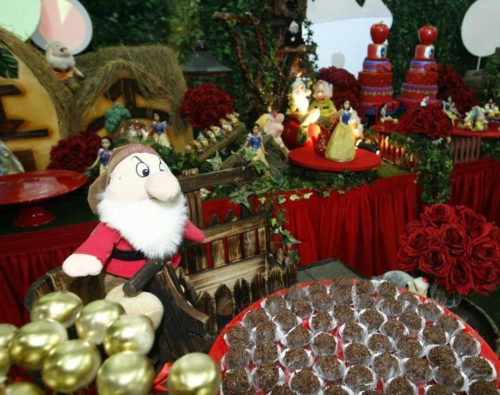 decoracao branca de neve andrea guimaraes: Presentes Personalizados: Festa de Famosos!! Tema Branca de Neve