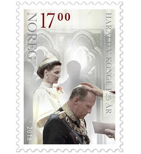 On the occasion of 25th anniversary of the reign of King Harald, King Harald and Queen Sonja have released a new official stamp.