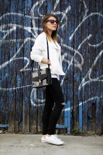 http://1.bp.blogspot.com/-p2sZQhXZe8o/UXE_RaeyKNI/AAAAAAAAEYA/5L1KJE9wufI/s1600/White_Bikerjacket_1.jpg